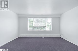 Photo 19: 74 SANFORD Street Unit# 6 in Barrie: Condo for lease : MLS®# 40155545