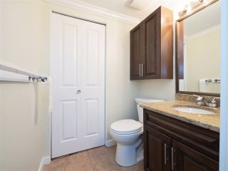 """Photo 9: 32 9101 FOREST GROVE Drive in Burnaby: Forest Hills BN Townhouse for sale in """"ROSSMOOR"""" (Burnaby North)  : MLS®# R2192598"""