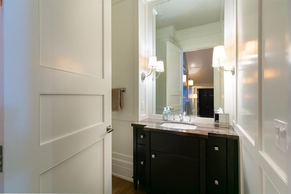 Photo 17: Photos: 1420 Beverley Place SW in Calgary: Bel-Aire Detached for sale : MLS®# A1060007