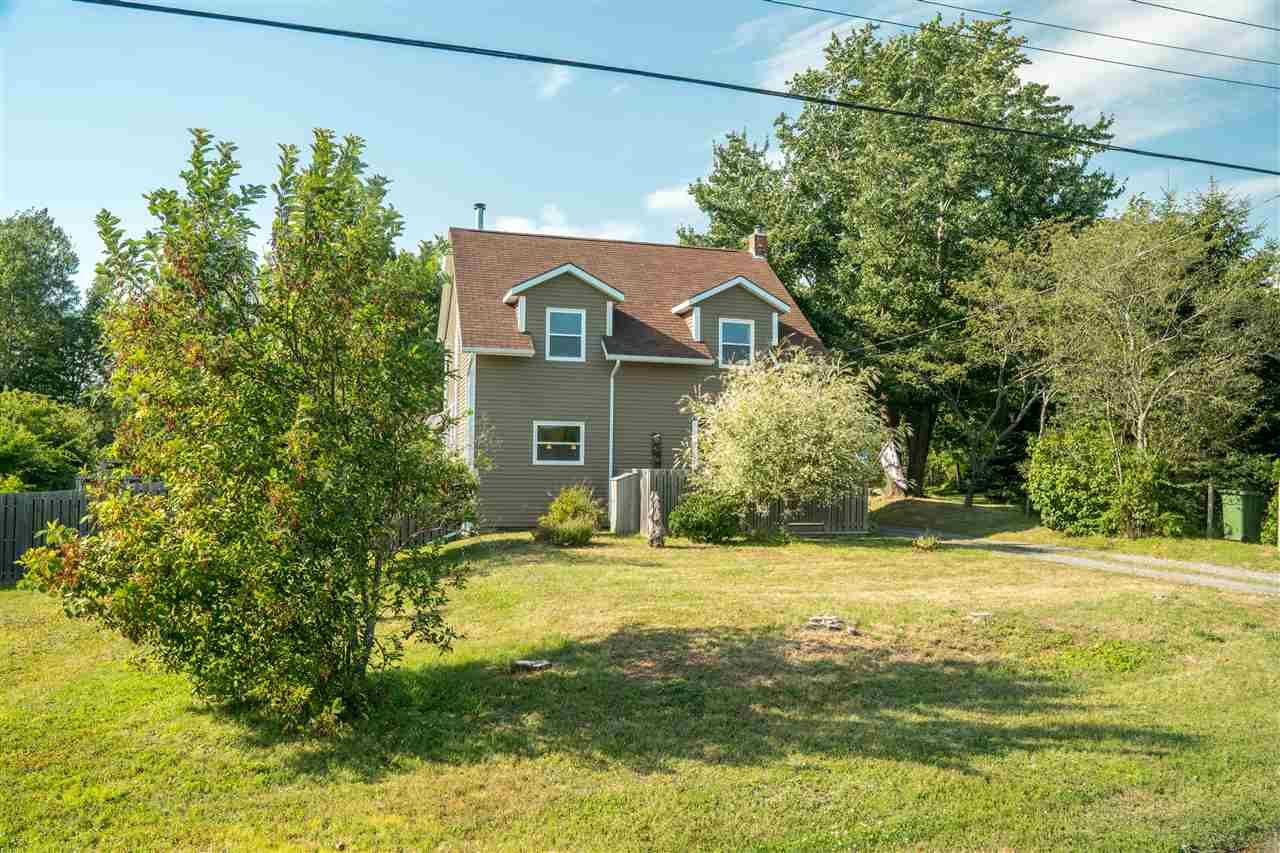 Main Photo: 563 WINDERMERE Road in Windermere: 404-Kings County Residential for sale (Annapolis Valley)  : MLS®# 201918965