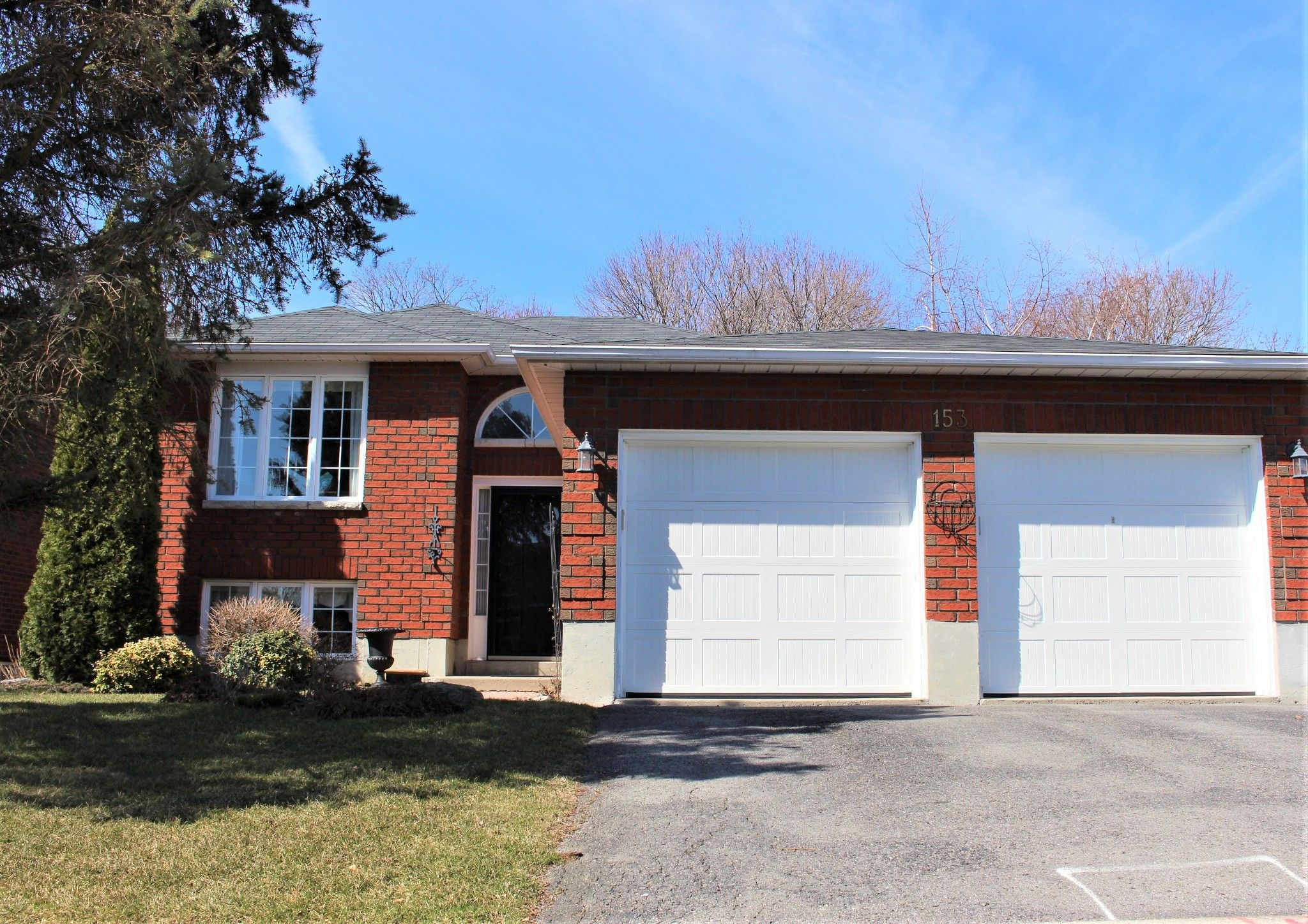 Main Photo: 153 Carroll Crescent in Cobourg: House for sale : MLS®# 188725
