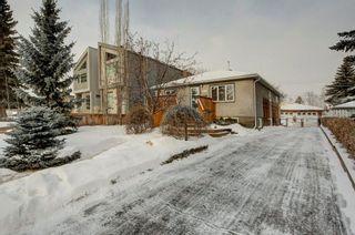 Photo 2: 2132 53 AV SW in Calgary: North Glenmore Park House for sale : MLS®# C4281707