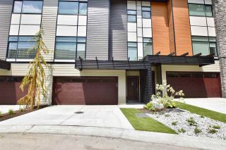 """Photo 2: 22 33209 CHERRY Avenue in Mission: Mission BC Townhouse for sale in """"Cherry Hill"""" : MLS®# R2381770"""