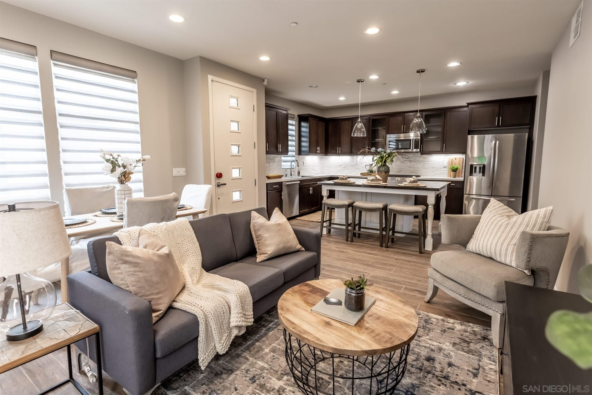 Main Photo: MISSION VALLEY House for sale : 4 bedrooms : 7911 Altana Way in San Diego