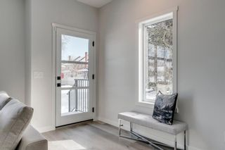 Photo 2: 1433 10 Avenue SE in Calgary: Inglewood Row/Townhouse for sale : MLS®# A1113404