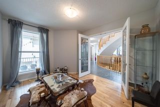 Photo 10: 12 Royal Road NW in Calgary: Royal Oak Detached for sale : MLS®# A1147098