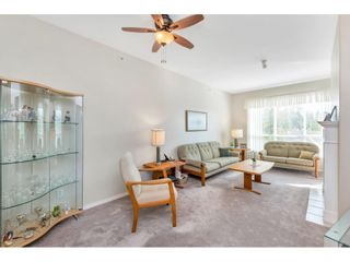 "Photo 7: 430 13880 70 Avenue in Surrey: East Newton Condo for sale in ""CHELSEA GARDENS"" : MLS®# R2488971"