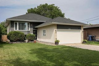 Photo 1: 676 Community Row in Winnipeg: Charleswood Residential for sale (1G)  : MLS®# 202115287