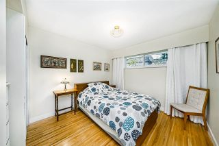 Photo 20: 933 KINSAC Street in Coquitlam: Coquitlam West House for sale : MLS®# R2518051