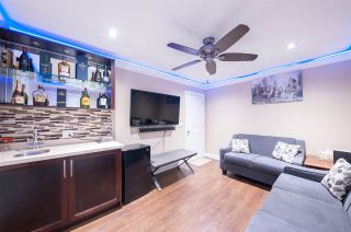 Photo 2: 13864 FALKIRK DRIVE in Surrey: Bear Creek Green Timbers House for sale : MLS®# R2334846