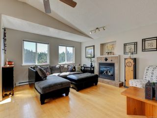 Photo 3: 2641 Capstone Pl in : La Mill Hill House for sale (Langford)  : MLS®# 878392