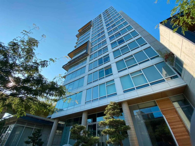 FEATURED LISTING: 1102 - 1565 6TH Avenue West Vancouver