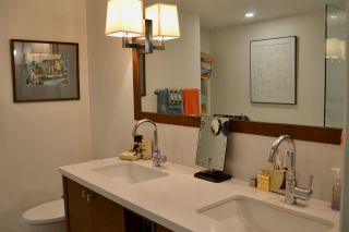 """Photo 11: 200 656 W 13TH Avenue in Vancouver: Fairview VW Condo for sale in """"CHEZ NOUS"""" (Vancouver West)  : MLS®# R2433312"""