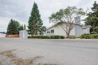Photo 5: 9839 7 Street SE in Calgary: Acadia Detached for sale : MLS®# A1145363
