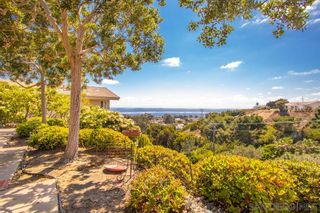 Photo 12: LA JOLLA House for sale : 3 bedrooms : 5570 Warbler Way
