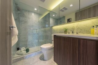 """Photo 13: 2609 455 SW MARINE Drive in Vancouver: Marpole Condo for sale in """"W1-WEST TOWER"""" (Vancouver West)  : MLS®# R2388321"""