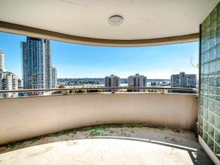 """Photo 5: 1103 98 TENTH Street in New Westminster: Downtown NW Condo for sale in """"Plaza Point"""" : MLS®# R2494856"""
