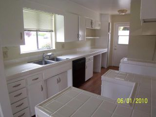 Photo 2: MISSION VALLEY House for sale : 3 bedrooms : 2365 Meadow Lark in San Diego