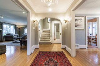 Photo 7: 2588 COURTENAY Street in Vancouver: Point Grey House for sale (Vancouver West)  : MLS®# R2577673