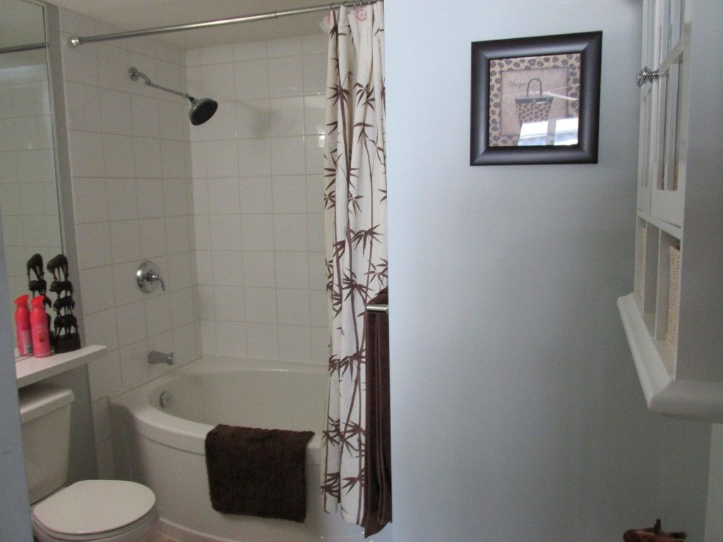 Photo 4: Photos: 403-533 Yates Rd in Kelowna: North Glenmore Condo for sale : MLS®#  10087726