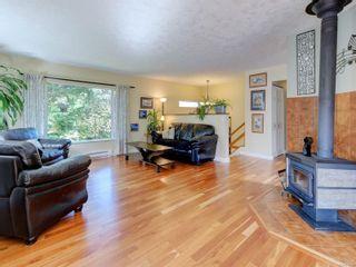 Photo 2: 2133 Henlyn Dr in Sooke: Sk John Muir House for sale : MLS®# 878746