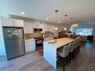 Photo 8: 5687 PARTRIDGE Way in Sechelt: Sechelt District House for sale (Sunshine Coast)  : MLS®# R2615051