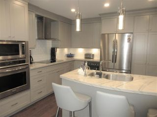 """Main Photo: 1338 W 7TH Avenue in Vancouver: Fairview VW Townhouse for sale in """"Fairview Village"""" (Vancouver West)  : MLS®# R2543638"""