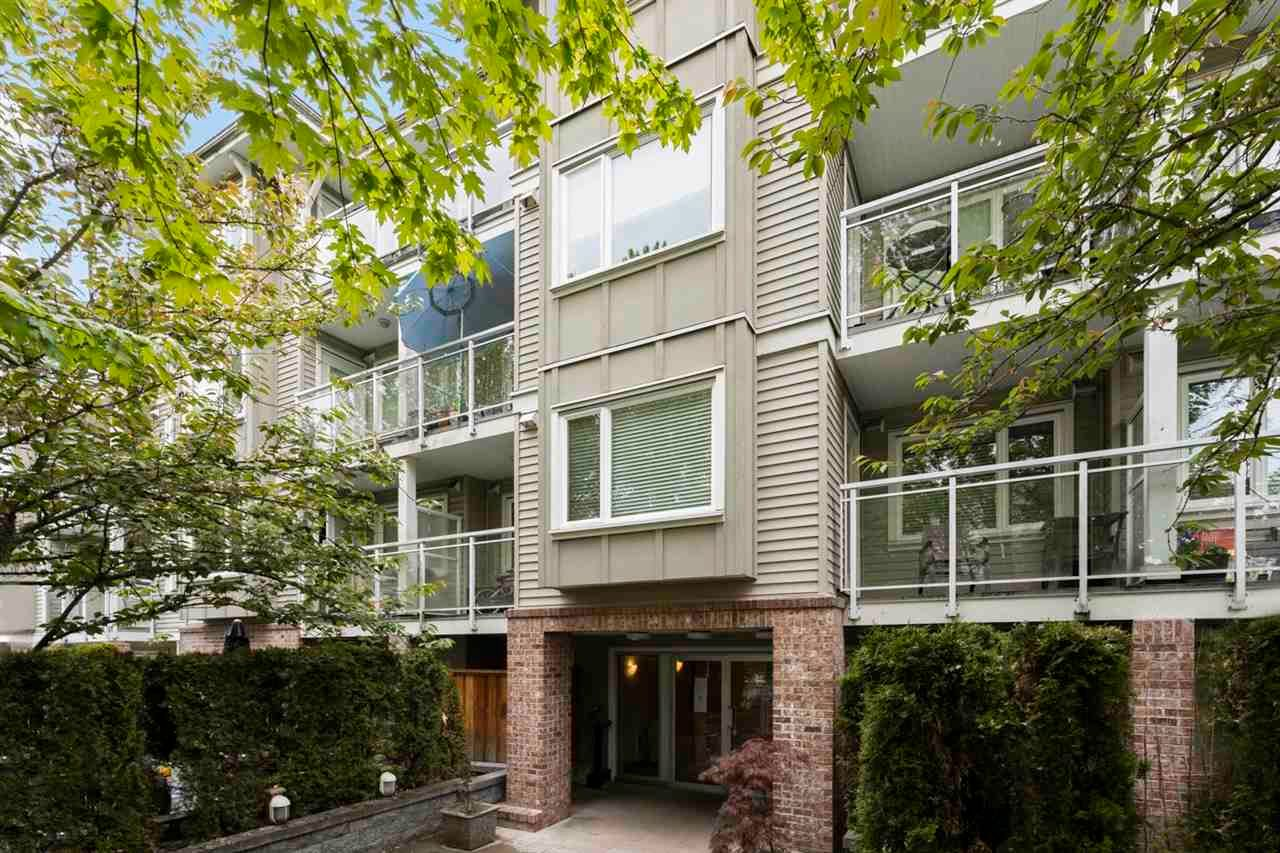"Main Photo: PH 6 2373 ATKINS Avenue in Port Coquitlam: Central Pt Coquitlam Condo for sale in ""The Carmandy"" : MLS®# R2575945"
