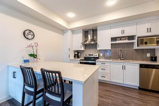 Photo 6: 2110 100 WALGROVE Court in Calgary: Walden Row/Townhouse for sale : MLS®# A1148233