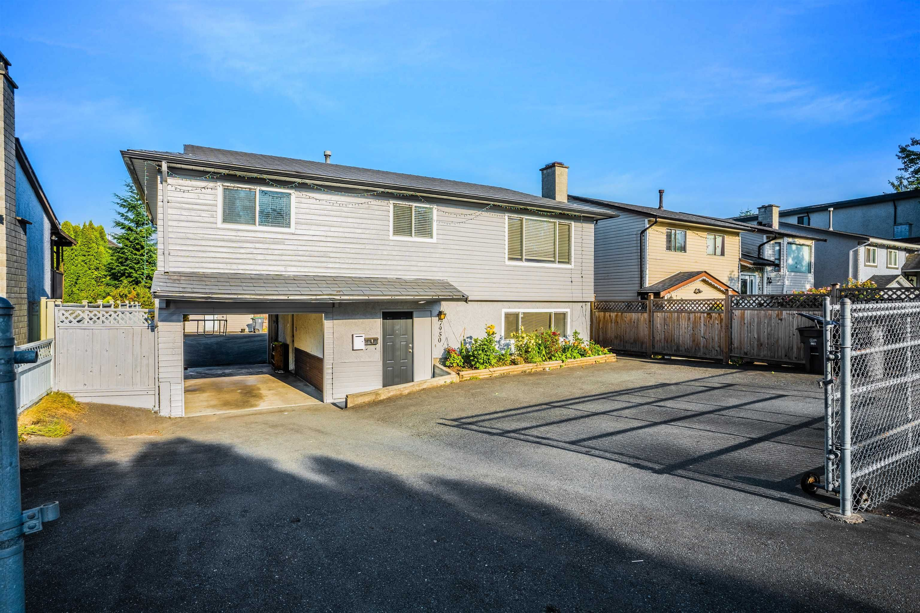 Main Photo: 7950 126A Street in Surrey: West Newton House for sale : MLS®# R2611855