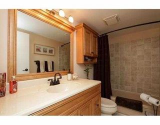 """Photo 13: 101 410 AGNES Street in New Westminster: Downtown NW Condo for sale in """"MARSEILLE PLAZA"""" : MLS®# V1069596"""
