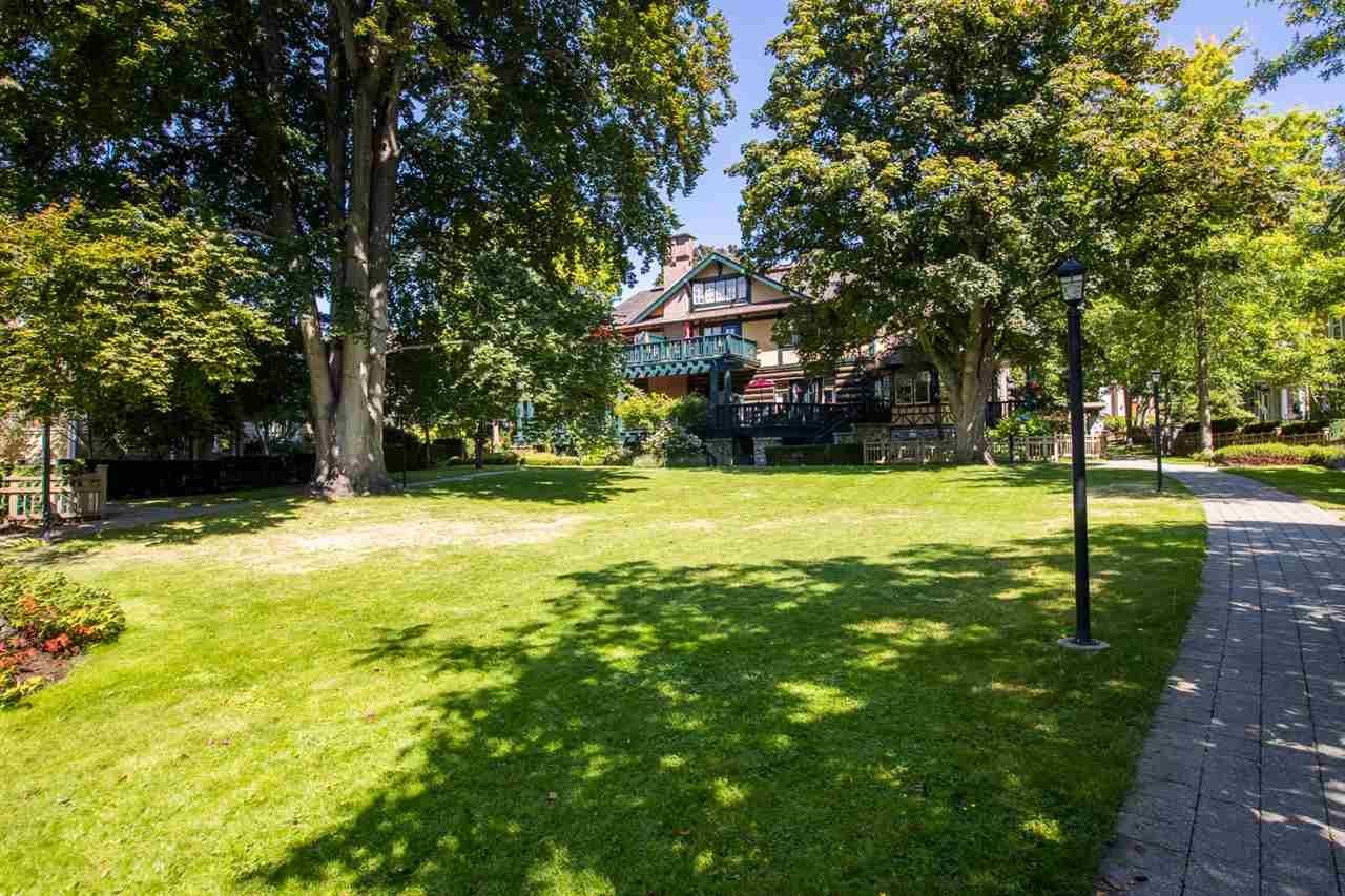 """Photo 38: Photos: 971 WESTBURY Walk in Vancouver: South Cambie Townhouse for sale in """"Churchill Gardens"""" (Vancouver West)  : MLS®# R2488294"""