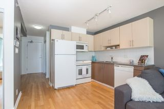 "Photo 2: 1103 550 TAYLOR Street in Vancouver: Downtown VW Condo for sale in ""The Taylor"" (Vancouver West)  : MLS®# R2369050"