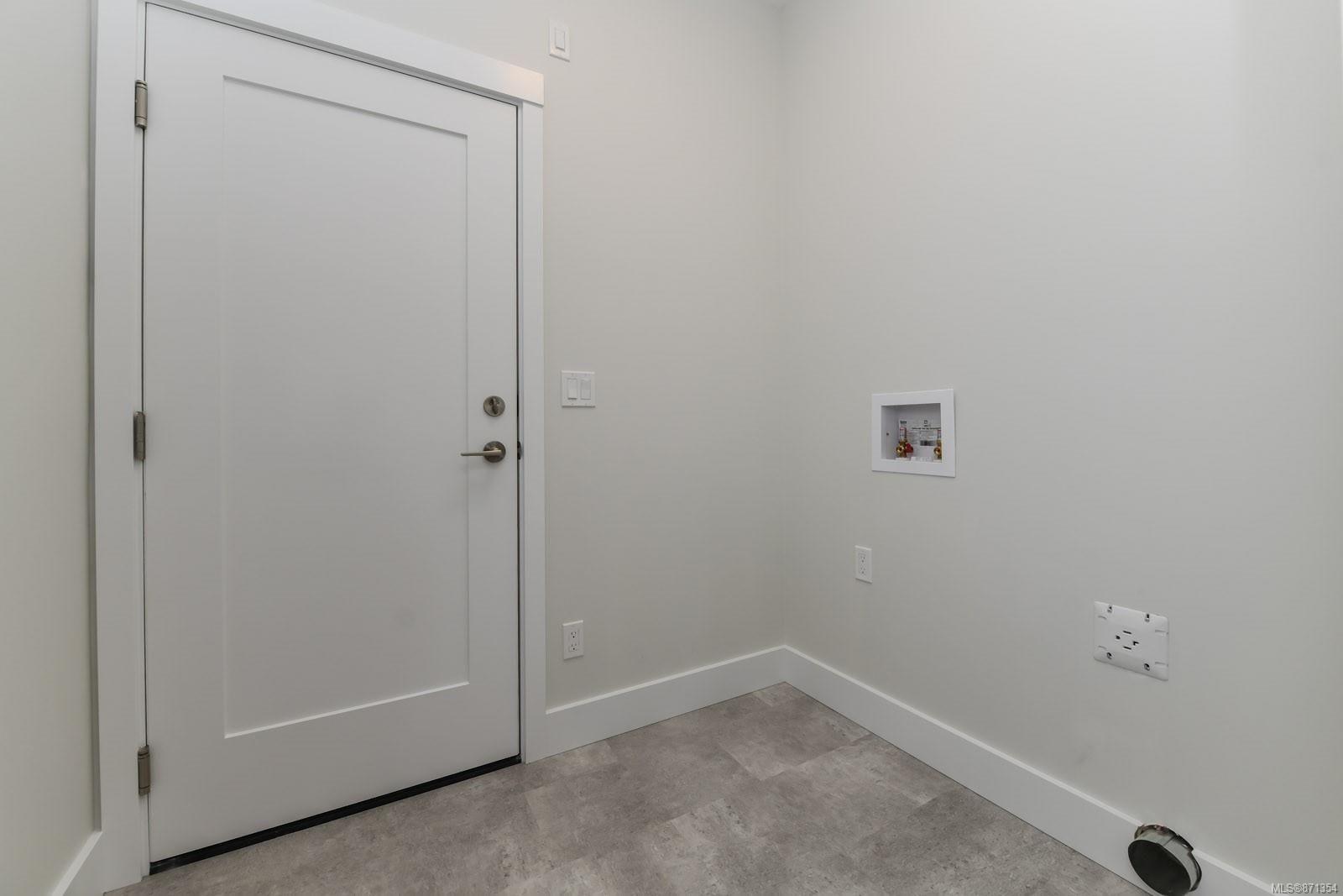 Photo 27: Photos: 68 Grayhawk Pl in : CV Courtenay City House for sale (Comox Valley)  : MLS®# 871354