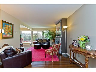 """Photo 5: 1072 LILLOOET Road in North Vancouver: Lynnmour Townhouse for sale in """"LILLOOET PLACE"""" : MLS®# V1048162"""