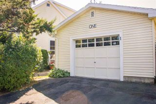 Photo 2: 1 CAPE VIEW Drive in Wolfville: 404-Kings County Residential for sale (Annapolis Valley)  : MLS®# 201921211