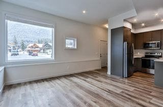 Photo 3: 102F 1200 Three Sisters Parkway: Canmore Row/Townhouse for sale : MLS®# A1056458