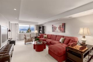"""Photo 26: 8609 SEASCAPE Place in West Vancouver: Howe Sound 1/2 Duplex for sale in """"Seascapes"""" : MLS®# R2528203"""