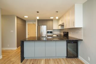 """Photo 6: 206 3142 ST JOHNS Street in Port Moody: Port Moody Centre Condo for sale in """"SONRISA"""" : MLS®# R2254973"""