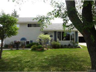 Photo 1: 115 Danbury Bay in WINNIPEG: Westwood / Crestview Residential for sale (West Winnipeg)  : MLS®# 1414116