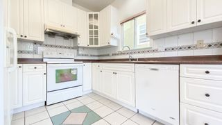 Photo 6: 2633 KITCHENER Street in Vancouver: Renfrew VE House for sale (Vancouver East)  : MLS®# R2595654