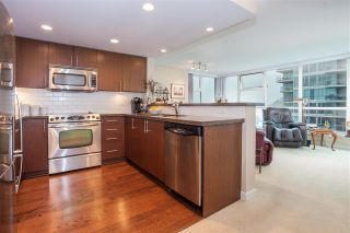 """Photo 5: 1604 125 MILROSS Avenue in Vancouver: Mount Pleasant VE Condo for sale in """"CREEKSIDE at CITYGATE"""" (Vancouver East)  : MLS®# R2077130"""