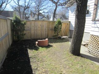 Photo 11: 327 Belvidere Street in WINNIPEG: St James Residential for sale (West Winnipeg)  : MLS®# 1308276