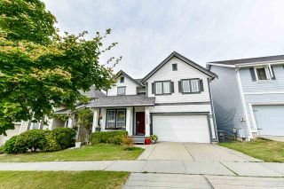 Photo 1: 17905 70 AVENUE in Surrey: Cloverdale BC House for sale (Cloverdale)  : MLS®# R2486299