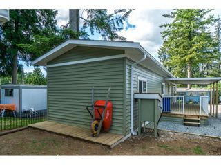"Photo 18: 14 24330 FRASER Highway in Langley: Otter District Manufactured Home for sale in ""LANGLEY GROVE ESTATES"" : MLS®# R2263420"