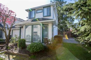 Photo 3: 7 19060 119 Avenue in Pitt Meadows: Central Meadows Townhouse for sale : MLS®# R2262537