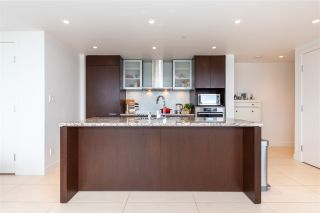 """Photo 5: 2205 1028 BARCLAY Street in Vancouver: West End VW Condo for sale in """"PATINA"""" (Vancouver West)  : MLS®# R2459180"""