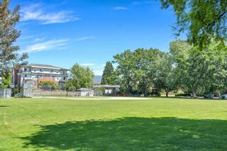 """Photo 39: 220 2110 ROWLAND Street in Port Coquitlam: Central Pt Coquitlam Townhouse for sale in """"AVIVA ON THE PARK"""" : MLS®# R2598714"""