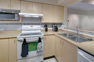 """Photo 9: 19 123 SEVENTH Street in New Westminster: Uptown NW Townhouse for sale in """"ROYAL CITY TERRACE"""" : MLS®# R2077015"""