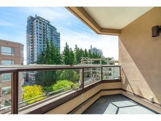 """Photo 19: 705 15111 RUSSELL Avenue: White Rock Condo for sale in """"Pacific Terrace"""" (South Surrey White Rock)  : MLS®# R2594025"""